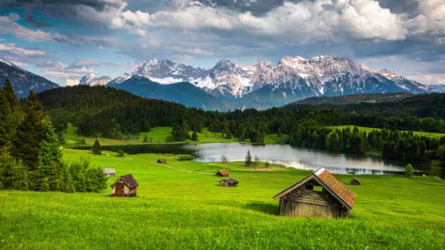 vídeos de stock e filmes b-roll de time lapse: germany, bavaria,  karwendel mountains with lake gerold - tracking shot - dolly shot