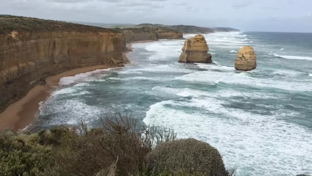 time lapse gibson steps port campbell national park victoria australia - port campbell national park stock videos & royalty-free footage