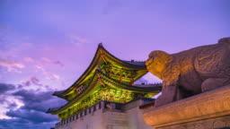 Time Lapse Gyeongbokgung palace at Twilight Seoul, South Korea
