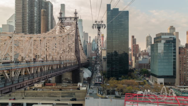 Time lapse hyperlapse, Riding the Roosevelt Island tram cable car. Ed Koch Queensboro 59th Street Bridge. Nyc Manhattan.