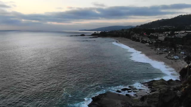 time lapse: laguna victoria beach at sunset - laguna beach, california - laguna beach california stock videos & royalty-free footage