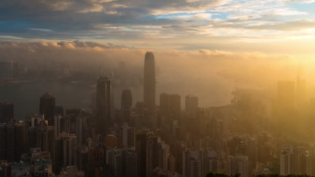 Time Lapse : Misty Hong Kong cityscape at dawn