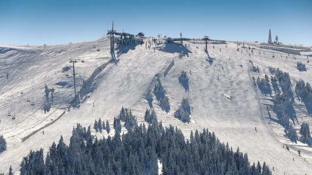 Time lapse - Mountain peak Skiing