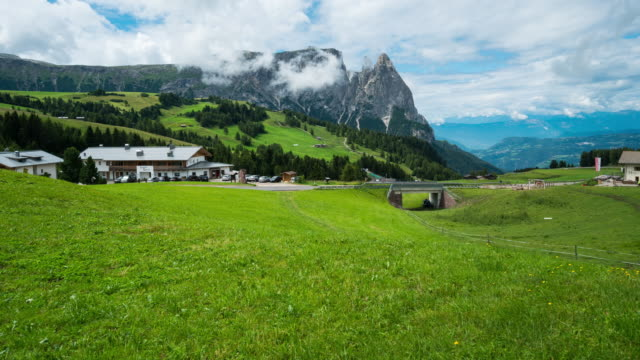 time lapse, moving cloud at seiser alm, dolomites - seiser alm stock videos & royalty-free footage