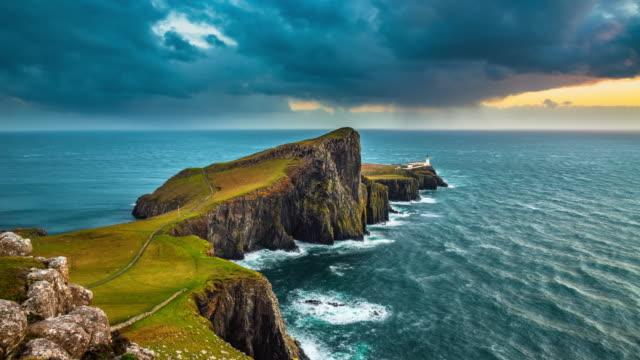 stockvideo's en b-roll-footage met time lapse: neist point lighthouse in schotland, vk - klif