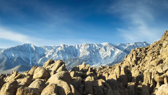 time lapse of alabama hills and sierra nevada mountain range - californian sierra nevada stock videos & royalty-free footage