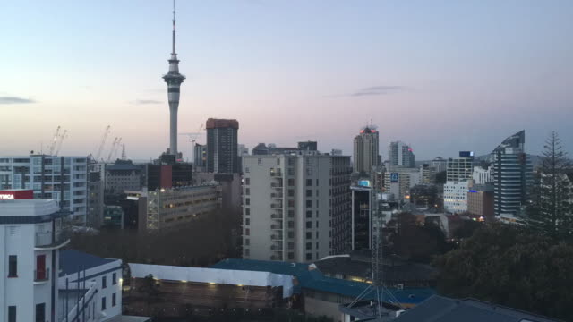 Time lapse of Auckland skyline at dusk