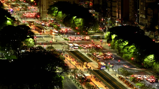 time lapse of avenida 9 de julio, ba - buenos aires stock videos & royalty-free footage