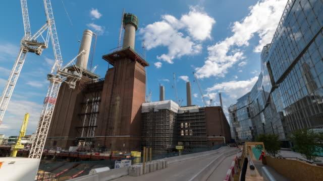 london: time lapse of battersea power station - バタシー発電所点の映像素材/bロール