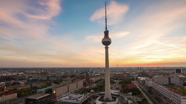 time lapse of berlin tv tower at sunset - tower stock videos & royalty-free footage
