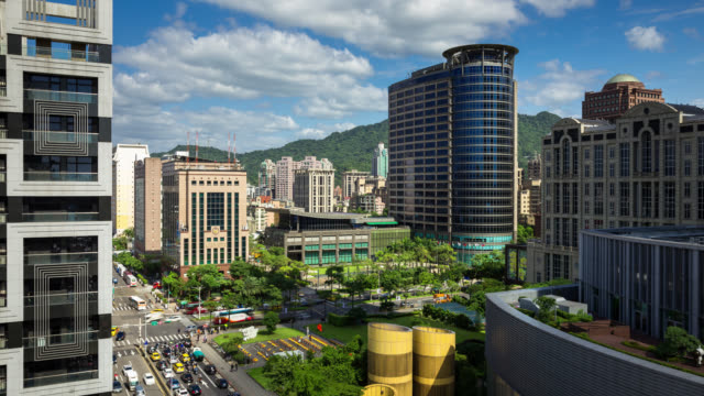 time lapse of busy intersection in xinyi, taipei - taipei stock videos & royalty-free footage