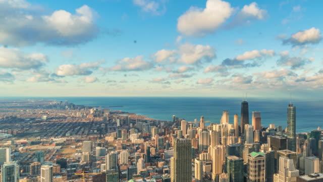 スカイラインを持つシカゴの街並みのタイムラプス - イリノイ州点の映像素材/bロール