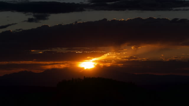 time lapse of clouds and sunset in colorado - dramatic sky stock videos & royalty-free footage