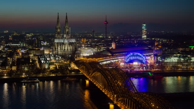 Time lapse of cologne skyline with cathedral