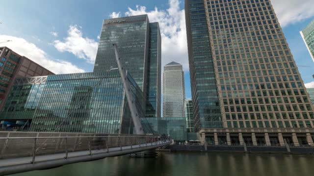 LONDON: Time lapse of Commuter in Canary Wharf