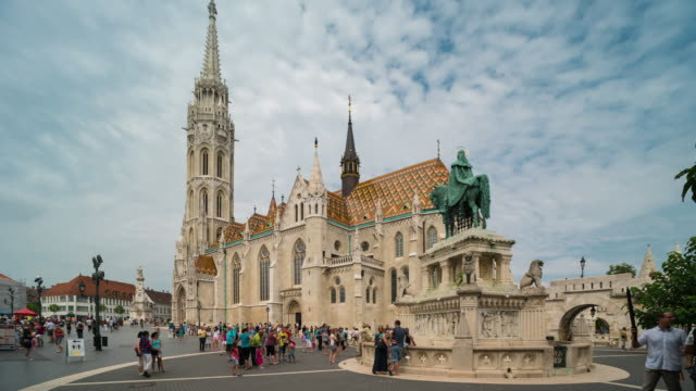 time lapse of crowd walking at matthias church, budapest - 14th century bc stock videos & royalty-free footage
