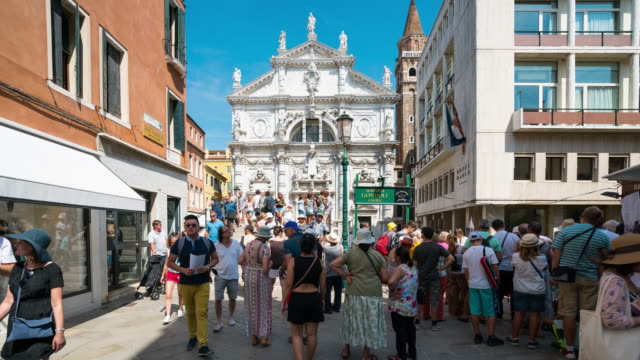 time lapse of crowd walking at st.mark's square, venice - 14th century bc stock videos & royalty-free footage