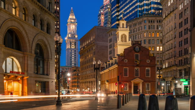 4k time lapse of crowned people and traffic in front area of boston old state house at the twilight time, massachusetts, usa downtown skyline, architecture and building with tourist concept - boston massachusetts stock videos & royalty-free footage