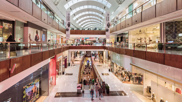 tl/ time lapse of dubai mall, busy with shoppers and visitors - retail stock videos & royalty-free footage