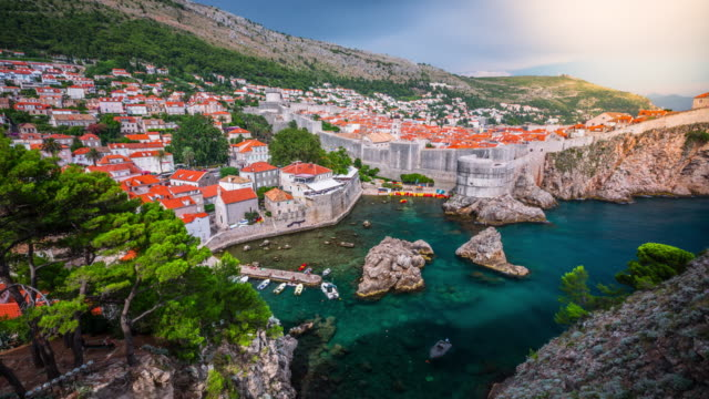 time lapse of dubrovnik old town in croatia - mare adriatico video stock e b–roll