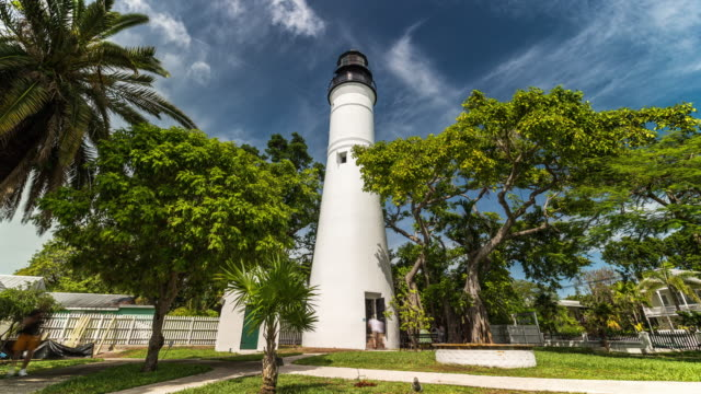 stockvideo's en b-roll-footage met time lapse of famous lighthouse at key west, florida. usa - the florida keys