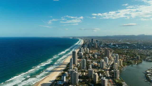 vídeos y material grabado en eventos de stock de 4k time lapse of gold coast from an elevated point of view - gold coast
