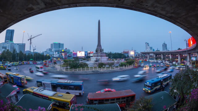 D2N Time Lapse of Heavy Traffic at Victory monument, Bangkok