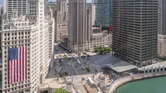 time lapse of michigan avenue from rooftop bar, chicago, illinois, united states of america, north america - north stock videos & royalty-free footage