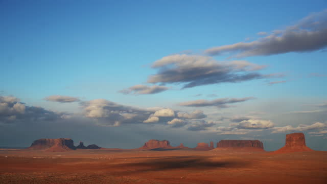 time lapse of monument valley arizona, usa - non urban scene stock videos & royalty-free footage