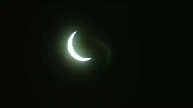 KTVI Time lapse of Moon Begins covering Sun During 2017 Total Solar Eclipse on Aug 21 2017 in St Louis Missouri