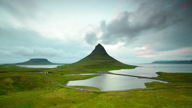 Time Lapse of Moving cloud over the Kirkjufell mountain, Iceland