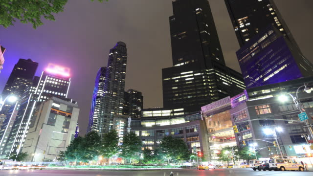 time lapse of nyc: 59th st and columbus circle - columbus circle stock videos & royalty-free footage