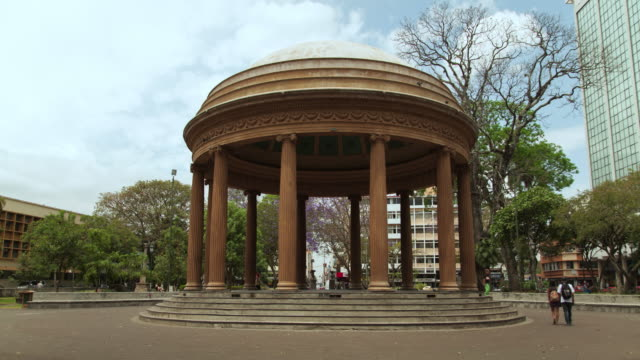 time lapse of pavilion in city park - san jose costa rica stock videos & royalty-free footage