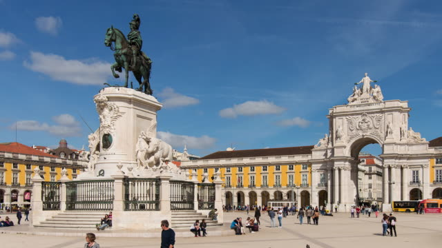 Time lapse of pedestrians in Praca do Commercio, Lisbon, Portugal
