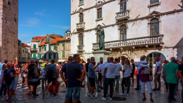 time lapse of people tourist walking in old town of split, croatia - old town stock videos & royalty-free footage