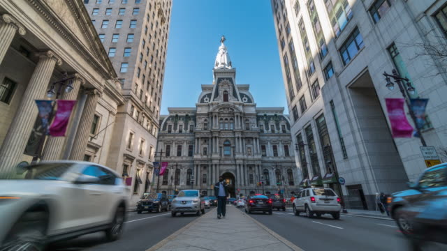 time lapse of philadelphia's landmark historic city hall and car traffic in pennsylvania, united states - independence hall stock videos & royalty-free footage