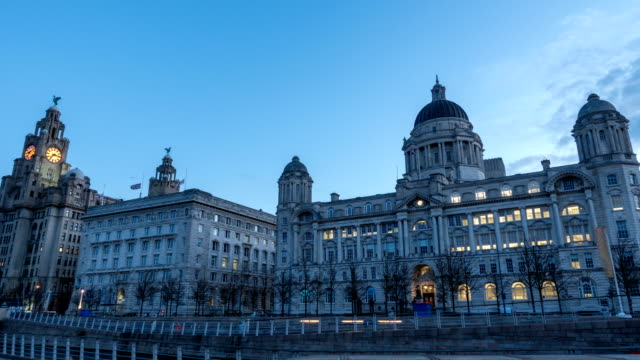 time lapse of royal liver building, pier head, liverpool, uk - statue stock videos & royalty-free footage