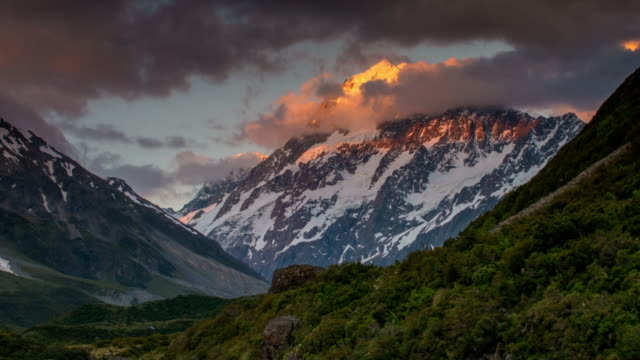 Time Lapse of sunset at Mt.Cook hooker valley , mt.cook national park , canterbury , New zealand