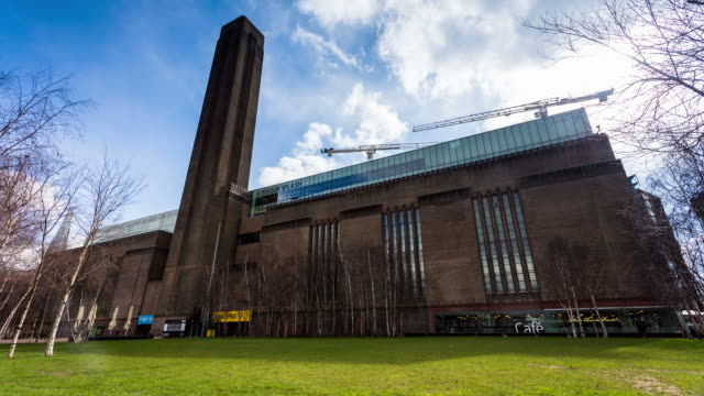 LONDON - CIRCA 2013: Time lapse of Tate modern during a snow storm with clouds and sun