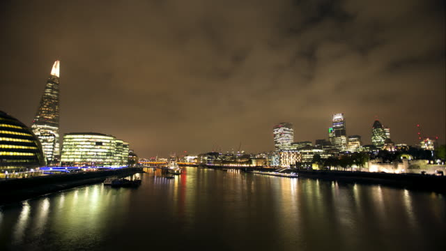 ws time lapse of the city of  london and the shard at night - smith tower stock videos & royalty-free footage