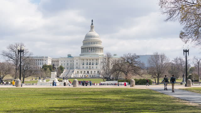 time lapse of the united states capitol building, capitol hill, washington, d.c., usa - history stock videos & royalty-free footage
