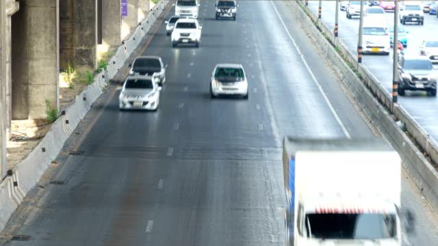 ハイウェイの交通のタイムラプス - 線路のポイント点の映像素材/bロール