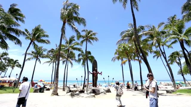 vídeos de stock e filmes b-roll de time lapse de praia do waikiki havai - aloha