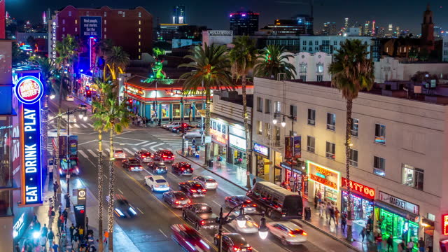 time lapse del famoso quartiere di hollywood boulevard a los angeles, california, usa - boulevard video stock e b–roll