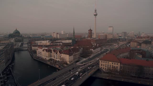 stockvideo's en b-roll-footage met time lapse over view panorama in the district of mitte, germany at day time - berlin mitte