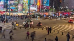 4K Time Lapse : Pedestrians Crowd  crossing the street in downtown, Shi-men TingWanhua District, Taipei City, Taiwan