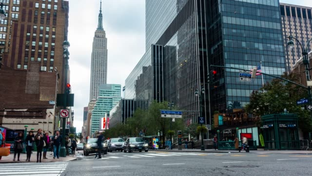 time lapse : people walking on ave, manhattan, new york - rush hour stock videos & royalty-free footage