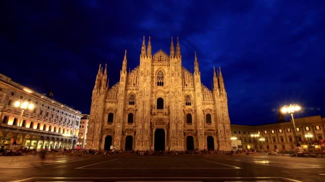 HD Time lapse - Piazza Duomo Milan twilight to night