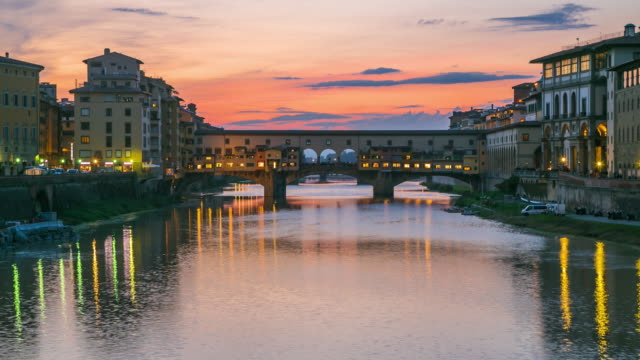 time lapse: ponte vecchio in florence at sunset, italy - tuscany stock videos & royalty-free footage