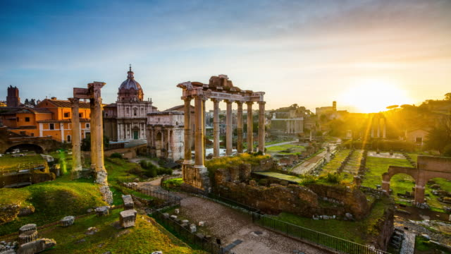 Time Lapse : Roman Forum at sunset, Rome, Italy